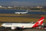 QANTAS CATHAY PACIFIC AIRCRAFT SYD RF 5K5A0653.jpg