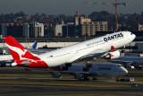 QANTAS AIRBUS A330 200 SYD RF 5K5A1240.jpg
