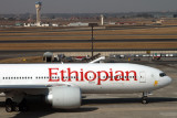 ETHIOPIAN BOEING 777 200 JNB RF IMG_9272.jpg