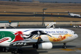 SOUTH AFRICAN AIRBUS A340 300 JNB RF 5K5A1768.jpg