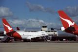 QANTAS AIRCRAFT MEL RF 286 11.jpg