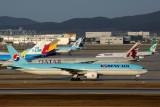 KOREAN AIR BOEING 777 300ER ICN RF 5K5A0558.jpg