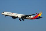 ASIANA AIRBUS A330 300 ICN RF 5K5A0729.jpg