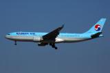 KOREAN AIR AIRBUS A330 200 ICN RF 52K5A0637.jpg