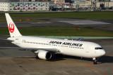 JAPAN AIRLINES BOEING 767 300 FUK RF 5K5A0841.jpg