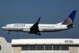 UNITED BOEING 737 800 NRT RF 5K5A1502.jpg