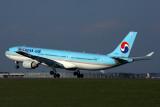 KOREAN AIR AIRBUS A330 300 NRT RF 5K5A1602.jpg