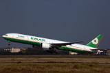 EVA AIR BOEING 777 300ER TPE RF 5K5A5606.jpg