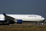 DELTA AIRBUS A330 300 TPE RF 5K5A5613.jpg
