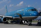 VIETNAM AIRLINES AIRBUS A321 HAN RF 5K5A6251.jpg