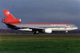 NORTHWEST DC10 30 LGW RF 351 18.jpg