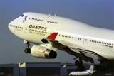 QANTAS BOEING 747 400 SYD RF 932 33.jpg