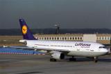 LUFTHANSA AIRBUS A300 600R FRA RF 551 34.jpg