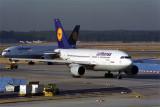 LUFTHANSA AIRBUS A310 200 FRA RF 441 35.jpg