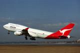 QANTAS BOEING 747 400 SYD RF 473 33.jpg