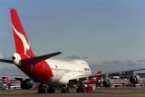 QANTAS BOEING 747 200 SYD RF 569 6.jpg