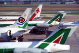 AIRCRAFT LONDON HEATHROW RF 720 8.jpg