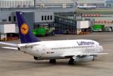 LUFTHANSA EXPRESS BOEING 737 200 LHR RF 723 24.jpg