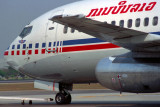LAO AVIATION BOEING 737 200 BKK RF 758 32.jpg