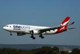 QANTAS AIRBUS A330 200 PER RF 5K5A0127.jpg