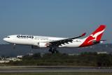 QANTAS AIRBUS A330 200 PER RF 5K5A0146.jpg