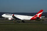 QANTAS AIRBUS A330 200 PER RF 5K5A0526.jpg