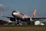 JETSTAR AIRBUS A320 BNE RF 5K5A0775.jpg