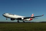 QANTAS AIRBUS A330 300 BNE RF IMG_8069.jpg