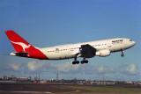 QANTAS AIRBUS A300 SYD RF 783 30.jpg