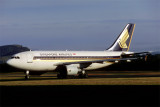 SINGAPORE AIRLINES AIRBUS A310 300 HBA RF V50.jpg