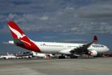 QANTAS AIRBUS A330 300 BNE RF IMG_9204.jpg
