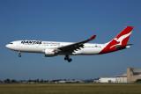 QANTAS AIRBUS A330 200 MEL RF 5K5A9615.jpg