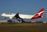 QANTAS AIRBUS A330 200 MEL RF 5K5A9641.jpg