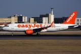 EASYJET AIRBUS A320 LIS RF 5K5A5304.jpg