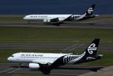 AIR NEW ZEALAND A320 777 300ER SYD RF 5K5A0079.jpg