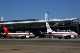 QANTAS BOEING 737 800s SYD RF 5K5A0108.jpg