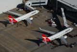 QANTAS BOEING 737 800s SYD RF 5K5A0269.jpg