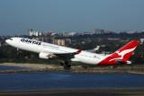 QANTAS AIRBUS A330 200 SYD RF 5K5A9954.jpg