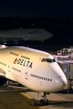 DELTA BOEING 747 400 NRT RF 5K5A1646.jpg
