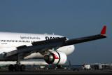 QANTAS AIRBUS A330 300 BNE RF IMG_9849.jpg