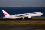 JAPAN AIRLINES BOEING 777 200 HND RF 5K5A1086.jpg