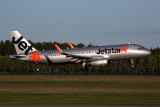 JETSTAR AIRBUS A320 BNE RF 5K5A4517.jpg