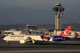 TURKISH AIRLINES BOEING 777 300ER LAX RF 5K5A3326.jpg