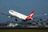 QANTAS AIRBUS A330 300 SYD RF 5K5A5659.jpg