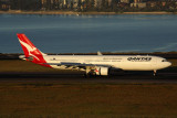 QANTAS AIRBUS A330 300 SYD RF 5K5A5759.jpg