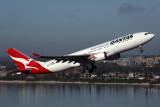 QANTAS AIRBUS A330 300 SYD RF 5K5A5867.jpg