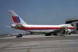 UNITED BOEING 747 200 MIA RF 899 16.jpg