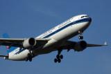 CHINA SOUTHERN AIRBUS A330 300 MEL RF 5K5A6095.jpg
