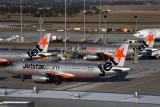 JETSTAR AIRBUS A320s MEL RF 5K5A6157.jpg