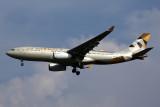 ETIHAD AIRBUS A330 200 CGK RF 5K5A9535.jpg